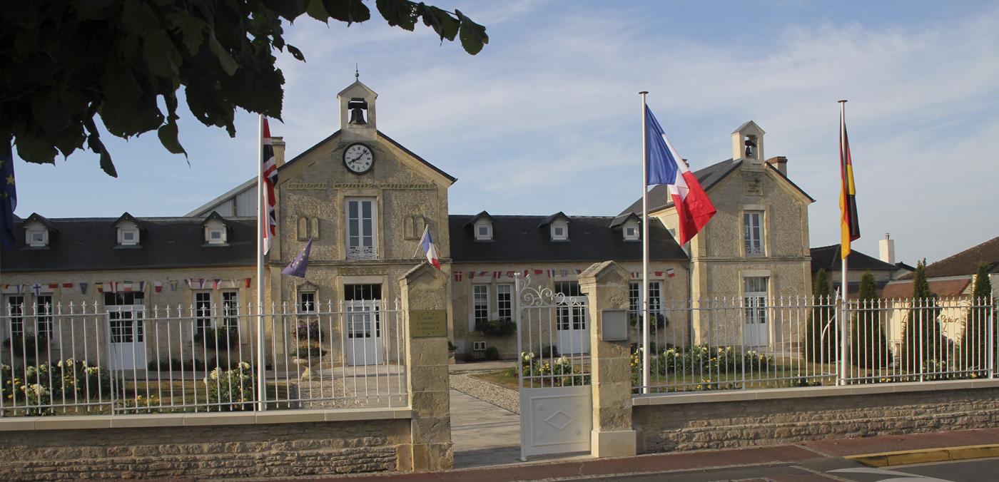 """Résultat de recherche d'images pour """"Ranville mairie"""""""